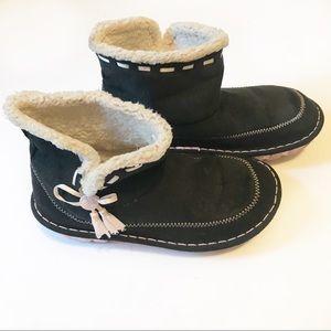 Girls Crocs Crocasally Suede Dark Brown Boots Sz 3